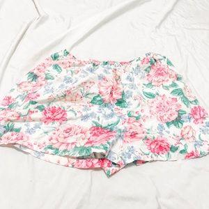 Cute large shorts